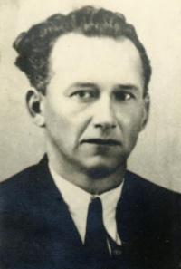 Richard Knos