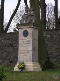 Kosmákův pomník
